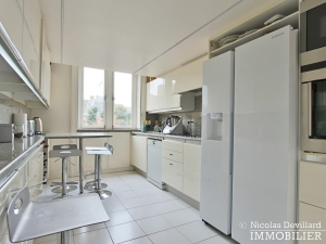 Avenue Montaigne – Somptueux appartement de réception avec terrasse – 75008 Paris (13)