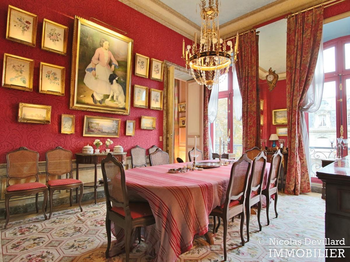 Avenue Montaigne – Somptueux appartement de réception avec terrasse – 75008 Paris (18)