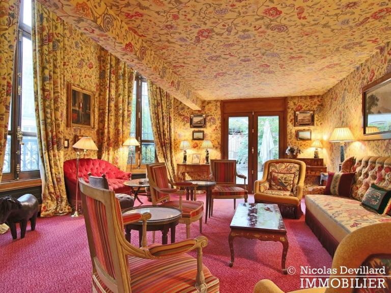 Avenue Montaigne – Somptueux appartement de réception avec terrasse – 75008 Paris (26)