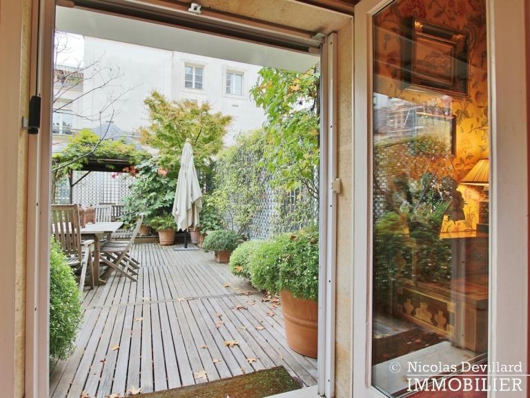 Avenue Montaigne – Somptueux appartement de réception avec terrasse – 75008 Paris (28)