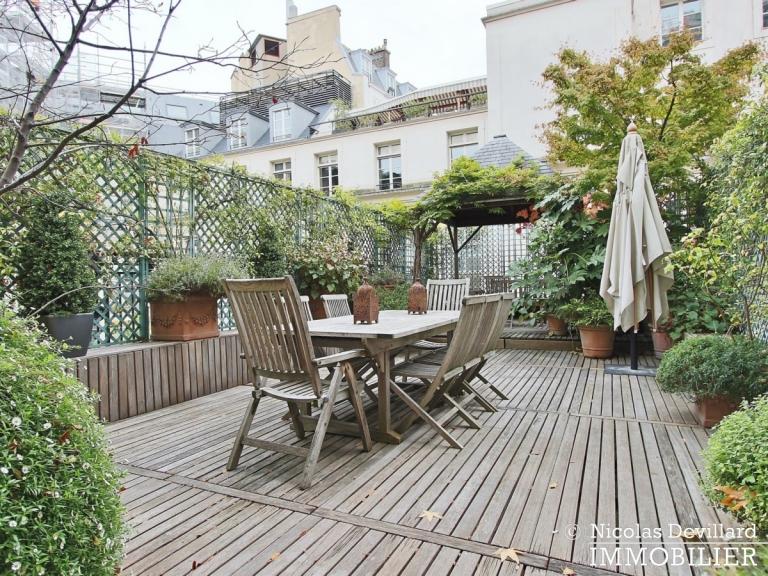 Avenue Montaigne – Somptueux appartement de réception avec terrasse – 75008 Paris (35)