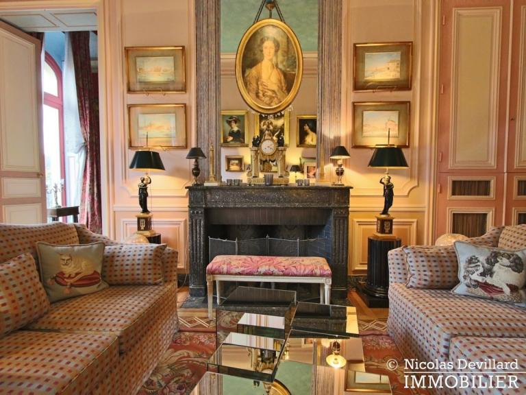 Avenue Montaigne – Somptueux appartement de réception avec terrasse – 75008 Paris (8)
