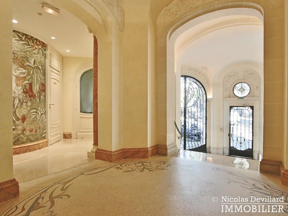 Parc Monceau – Grande réception et belle vue à deux pas du parc – 75008 Paris (26)
