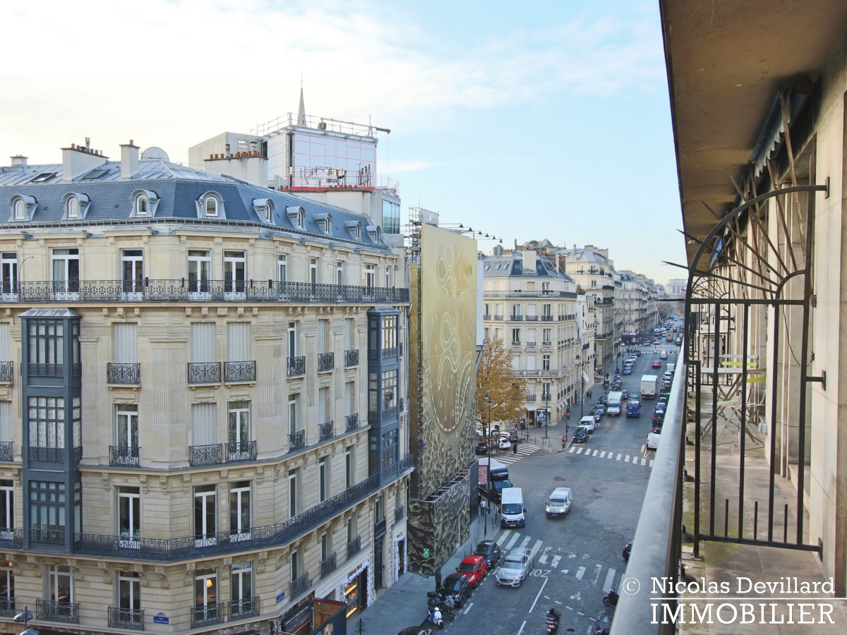 Triangle d'OrGeorge V – Rénové, plein soleil et terrasse – 75008 Paris (36)