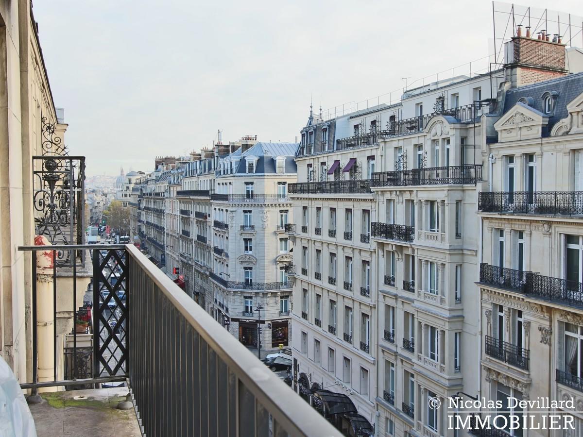 Triangle d'OrGeorge V – Rénové, plein soleil et terrasse – 75008 Paris (37)