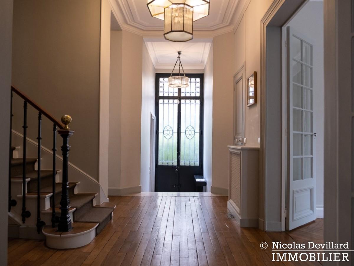 Saint JamesBois – Somptueux hôtel particulier plein sud avec jardin – 92200 Neuilly sur Seine (15)