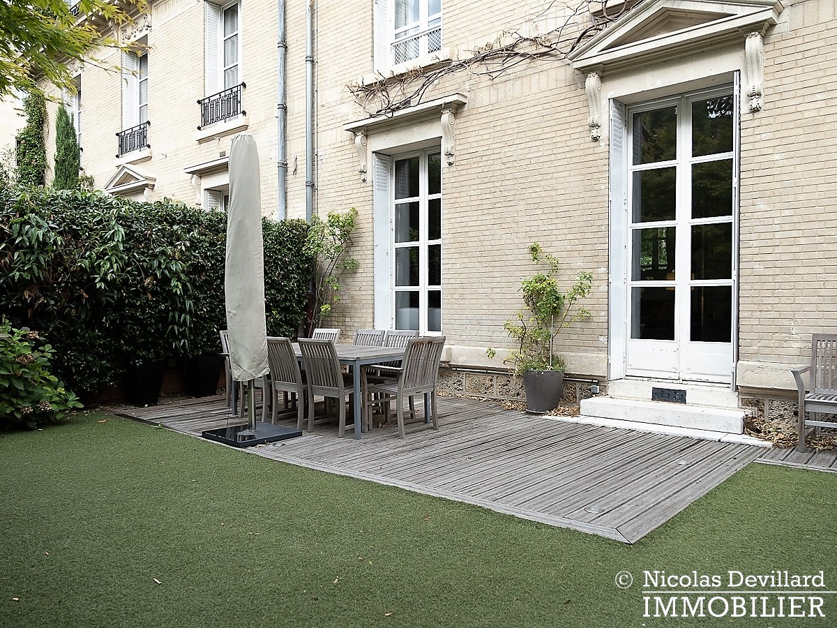 Saint JamesBois – Somptueux hôtel particulier plein sud avec jardin – 92200 Neuilly sur Seine (16)