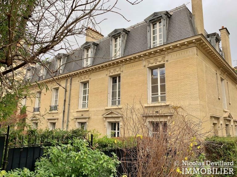 Saint-JamesBois – Somptueux hôtel particulier plein sud avec jardin – 92200 Neuilly-sur-Seine (32)