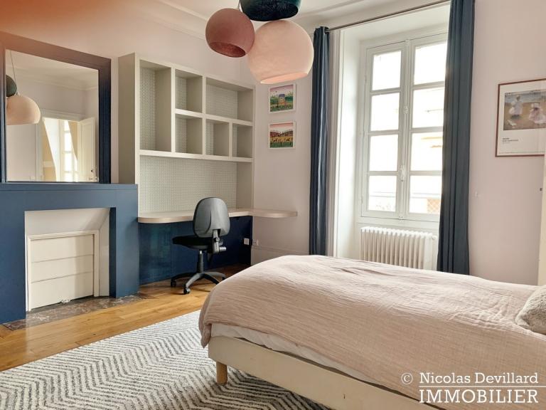 Saint-JamesBois – Somptueux hôtel particulier plein sud avec jardin – 92200 Neuilly-sur-Seine (39)