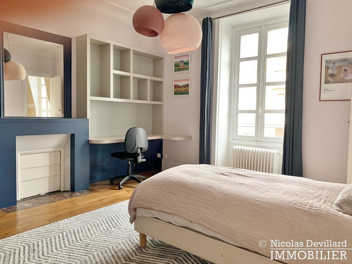 Saint JamesBois – Somptueux hôtel particulier plein sud avec jardin – 92200 Neuilly sur Seine (39)