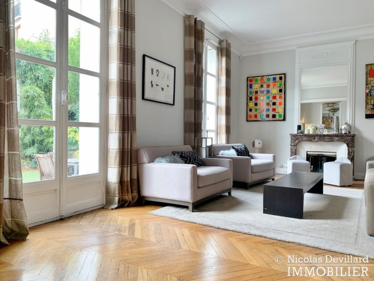 Saint-JamesBois – Somptueux hôtel particulier plein sud avec jardin – 92200 Neuilly-sur-Seine (43)