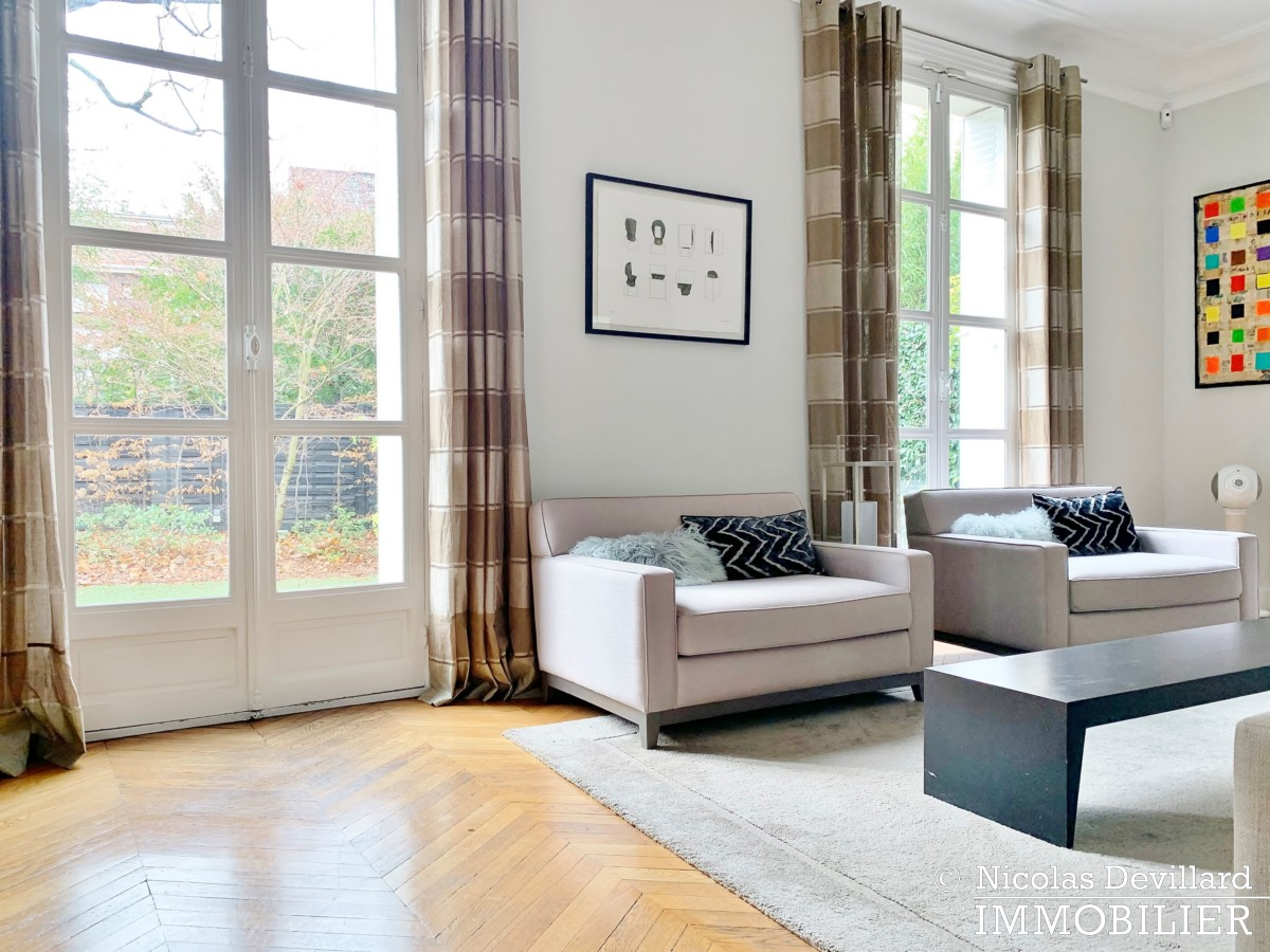 Saint JamesBois – Somptueux hôtel particulier plein sud avec jardin – 92200 Neuilly sur Seine (44)