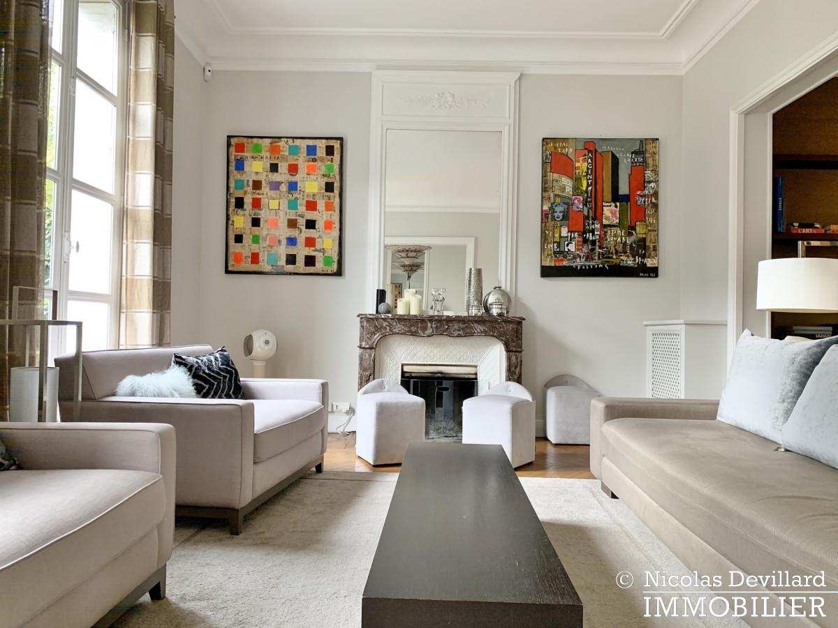 Saint JamesBois – Somptueux hôtel particulier plein sud avec jardin – 92200 Neuilly sur Seine (45)