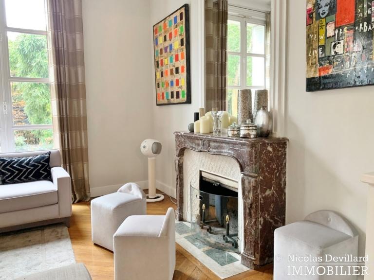 Saint-JamesBois – Somptueux hôtel particulier plein sud avec jardin – 92200 Neuilly-sur-Seine (54)