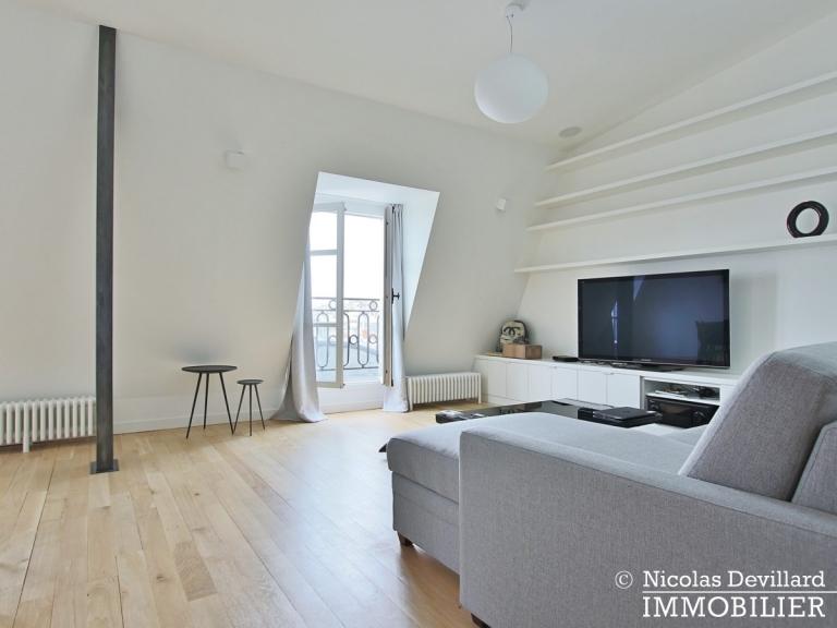 Haut-MaraisSquare du Temple – Dernier étage rénové avec vue – 75003 Paris (10)