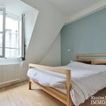 Haut MaraisSquare du Temple – Dernier étage rénové avec vue – 75003 Paris (17)