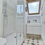 Haut MaraisSquare du Temple – Dernier étage rénové avec vue – 75003 Paris (18)