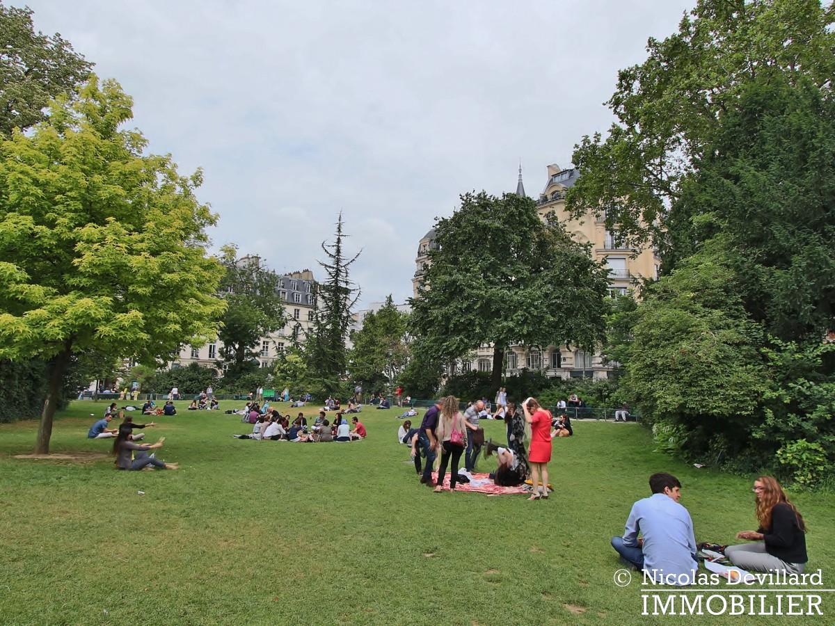 Haut MaraisSquare du Temple – Dernier étage rénové avec vue – 75003 Paris (2)