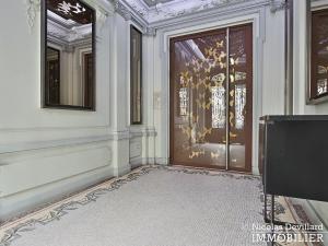 Haut MaraisSquare du Temple – Dernier étage rénové avec vue – 75003 Paris (25)