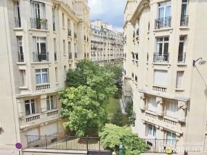 Place de Breteuil – Classique parisien calme et vue dégagé 75015 Paris (42)