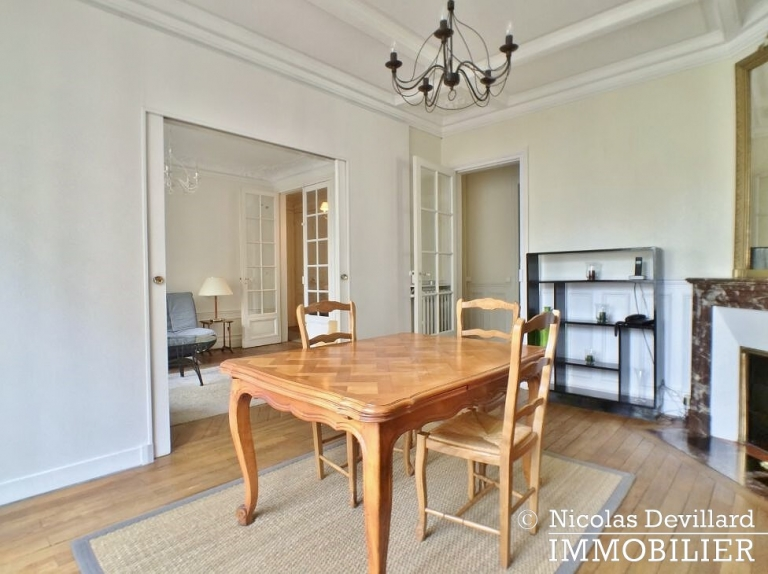 Place de Breteuil – Classique parisien calme et vue dégagé - 75015 Paris (9)