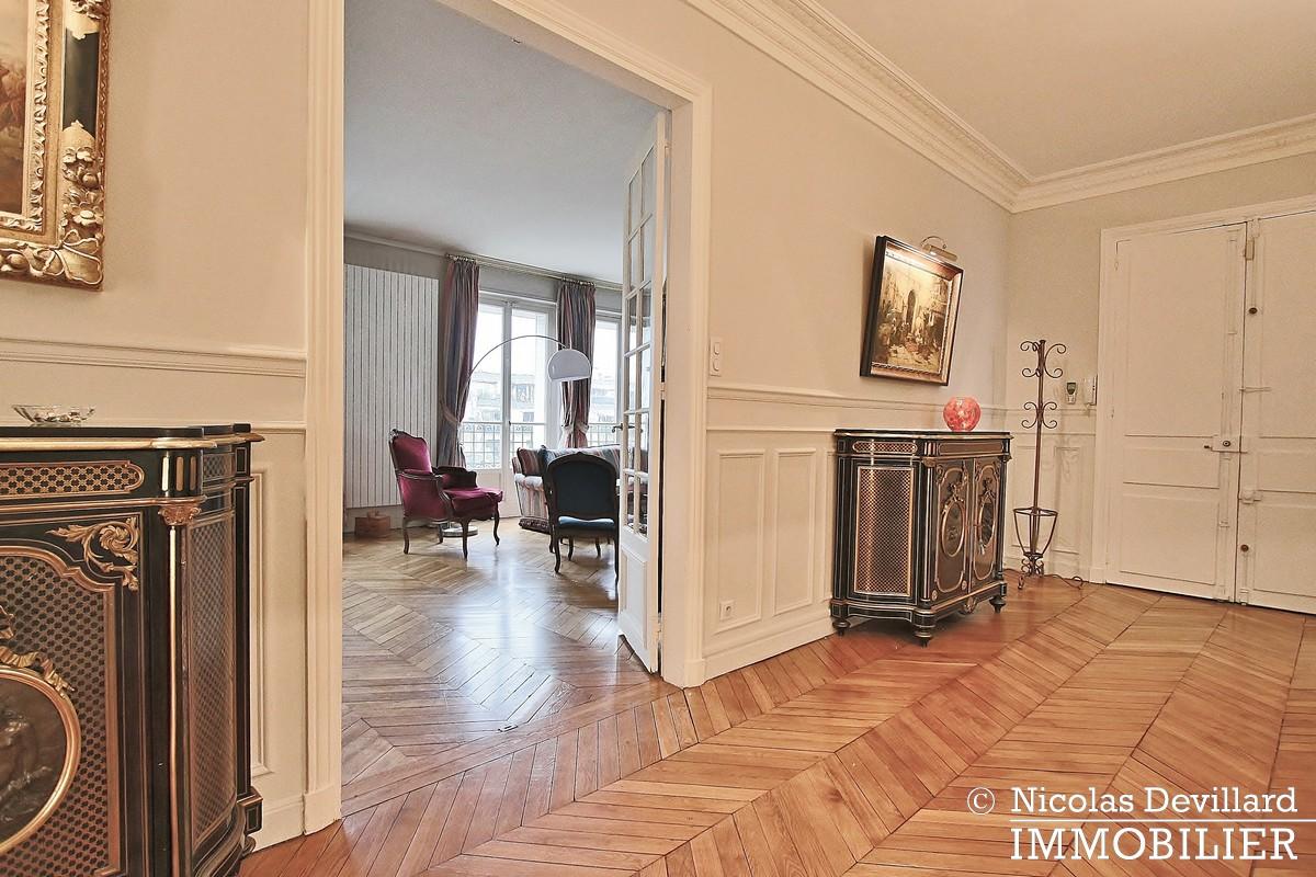 Henri MartinBois – Elégant parisien de réception – 75116 Paris (21)