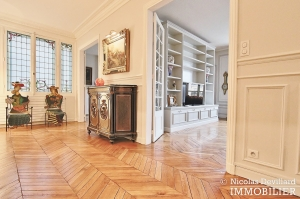 Henri MartinBois – Elégant parisien de réception – 75116 Paris (23)