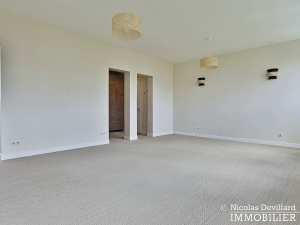 Bosquetrue Cler – Dernier étage rénové avec vue – 75007 Paris (34)