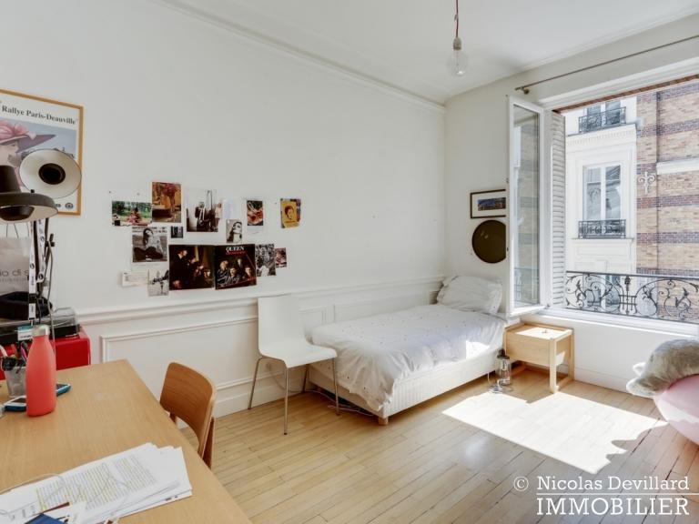 Champ de MarsSt-Dominique – Classique familial revisité par architecte – 75007 Paris (31)