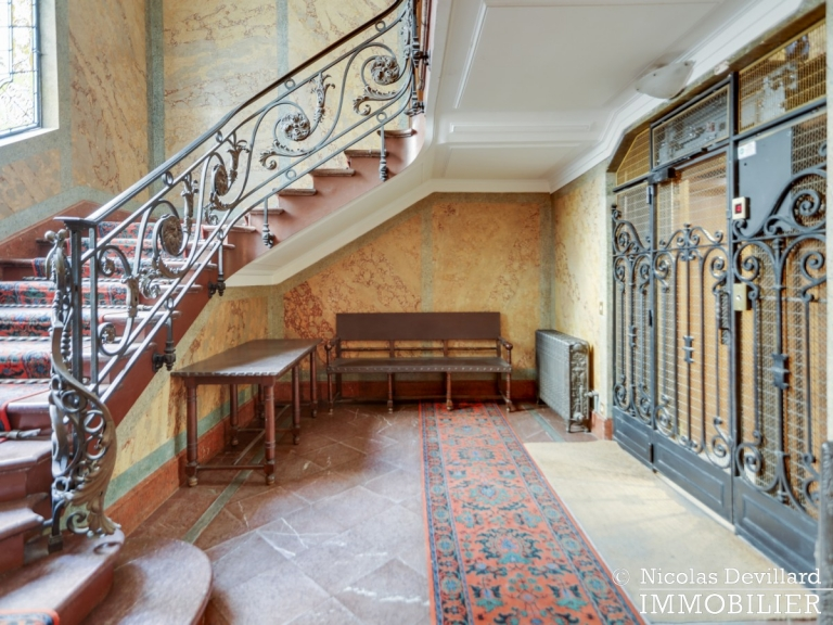 Champ de MarsSt-Dominique – Classique familial revisité par architecte – 75007 Paris (34)
