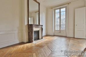 LuxembourgPanthéon – Grand classique haussmannien plein sud 75005 Paris (13)