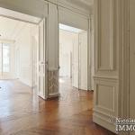 LuxembourgPanthéon – Grand classique haussmannien plein sud 75005 Paris (23)