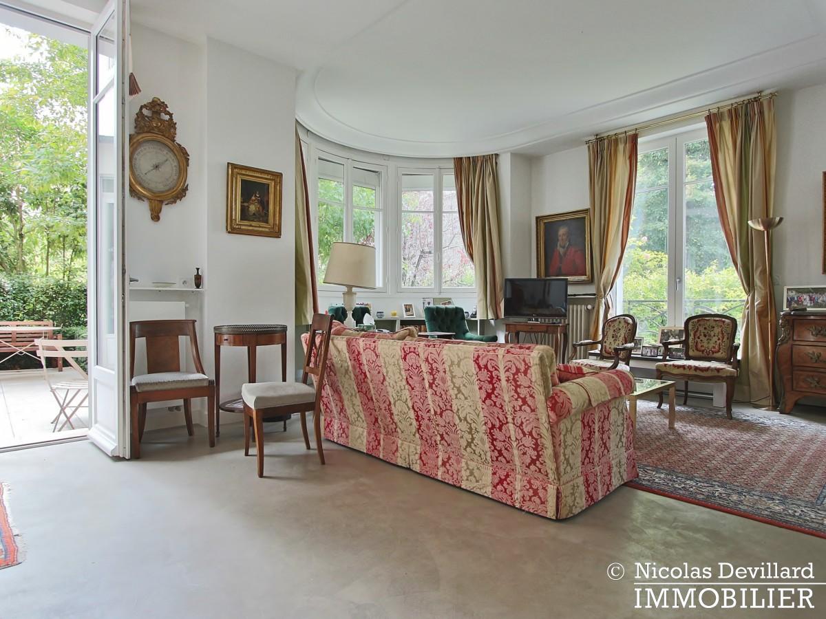 MadridBois de Boulogne – Hôtel particulier avec jardin dans une voie privée – 92200 Neuilly sur Seine (2)