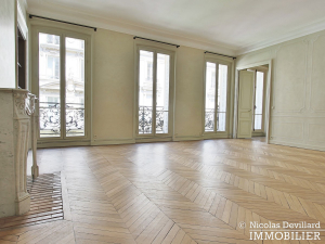 Parc MonceauTernes – Grand classique superbement rénové – 75008 Paris (1)
