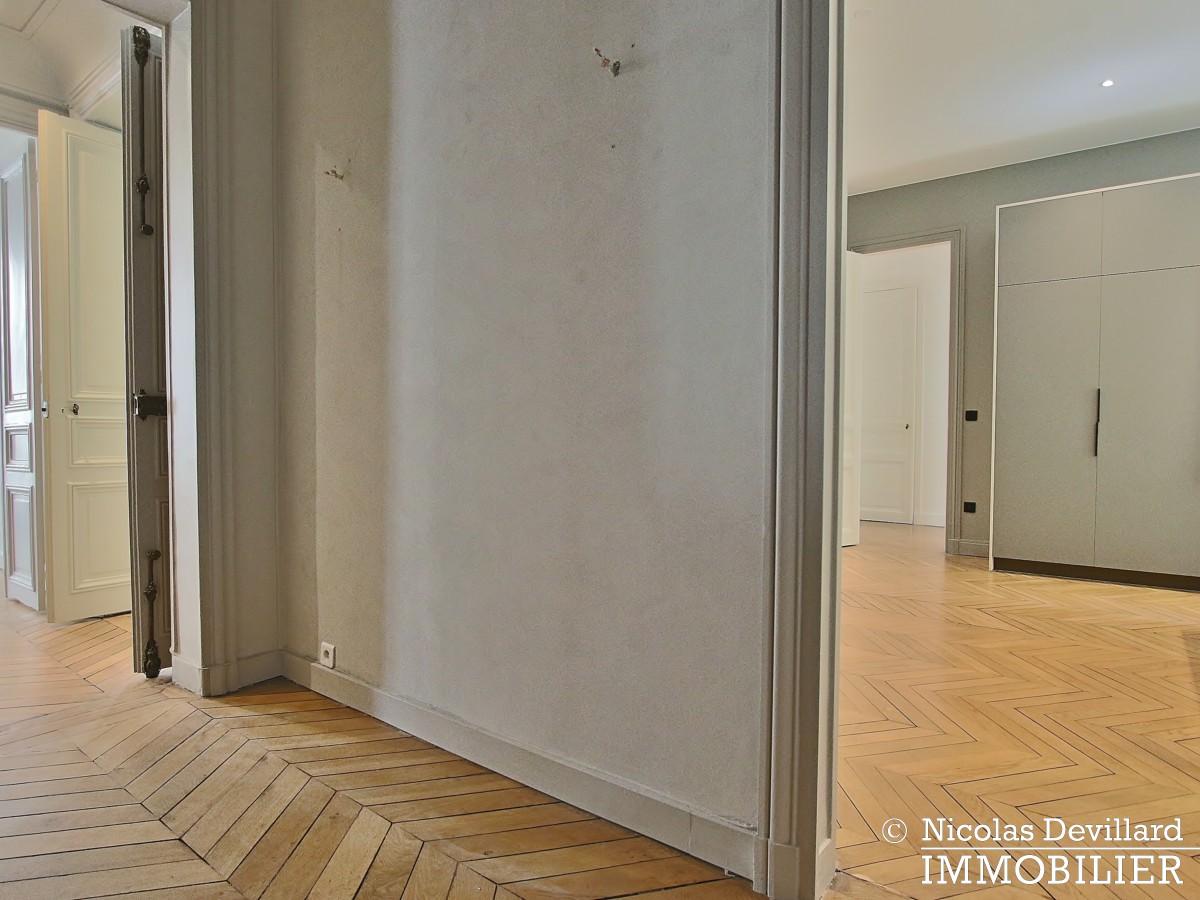 Parc MonceauTernes – Grand classique superbement rénové – 75008 Paris (38)