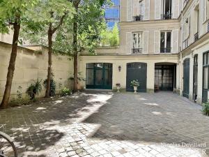 Parc MonceauTernes – Grand classique superbement rénové – 75008 Paris (39)