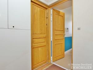 Triangle d'Or – Rénové, soleil, dernier étage et climatisation – 75008 Paris (26)