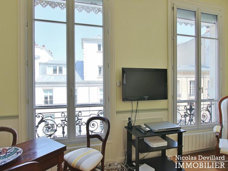 Village de Passy – Grand salon, charme et beaux volumes – 75016 Paris (11)