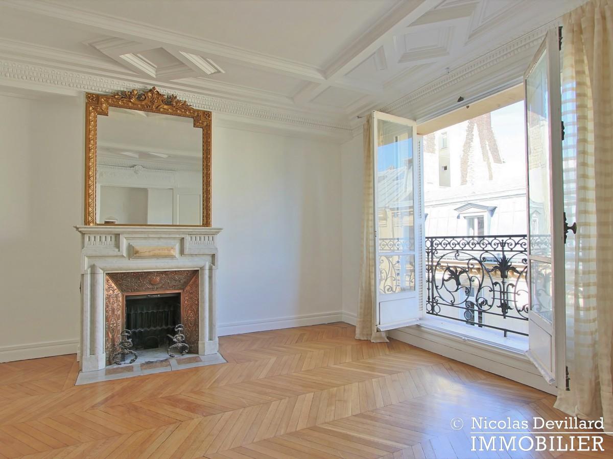 KléberVictor Hugo – Classique parisien familial en étage élevé – 75116 Paris (6)