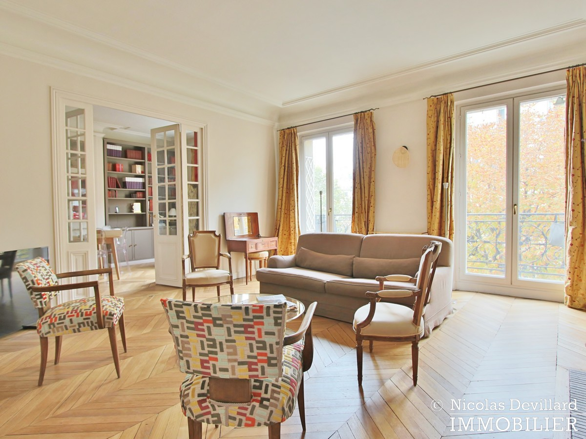 MonceauMalesherbes – Bel haussmannien bien distribué et plein sud 75017 Paris (3)