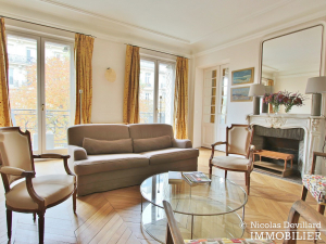 MonceauMalesherbes – Bel haussmannien bien distribué et plein sud 75017 Paris (5)