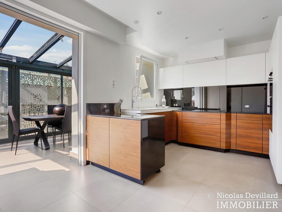 Victor Hugo – Penthouse terrasses dernier étage dans voie privée – 75116 Paris (16)
