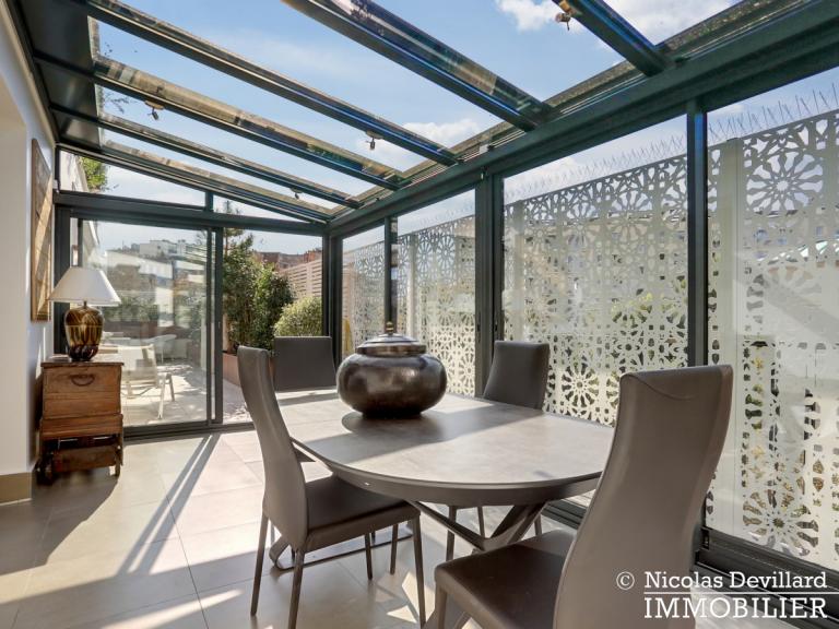 Victor Hugo – Penthouse terrasses dernier étage dans voie privée – 75116 Paris (17)