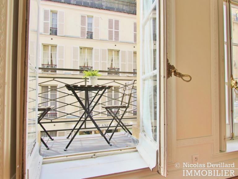 Rue du BacSèvres-Babylone – Caractère, volumes et lumière – 75007 Paris (25)