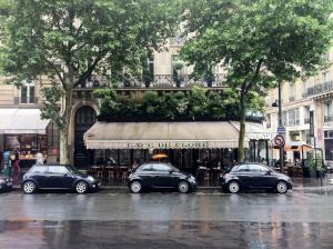 Rue du BacSèvres Babylone – Caractère, volumes et lumière – 75007 Paris (35)