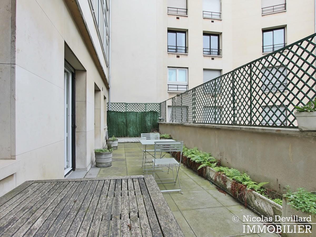 Triangle d'orGeorge V – Pied à terre au calme avec terrasse – 75008 Paris (12)