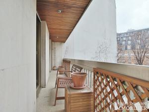 MarceauChaillot – Grand salon, double exposition et balcons 75008 Paris (12)