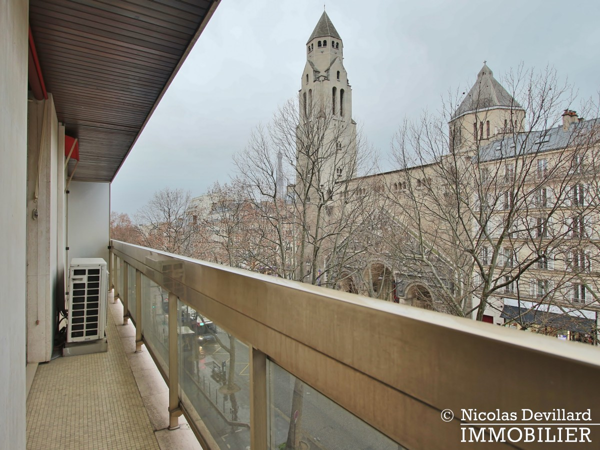 MarceauChaillot – Grand salon, double exposition et balcons 75008 Paris (3)