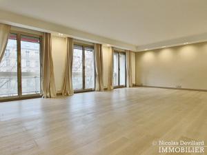 MarceauChaillot – Grand salon, double exposition et balcons 75008 Paris (4)