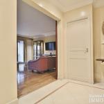 MarceauChaillot – Grand salon, vue et balcons 75008 Paris (10)